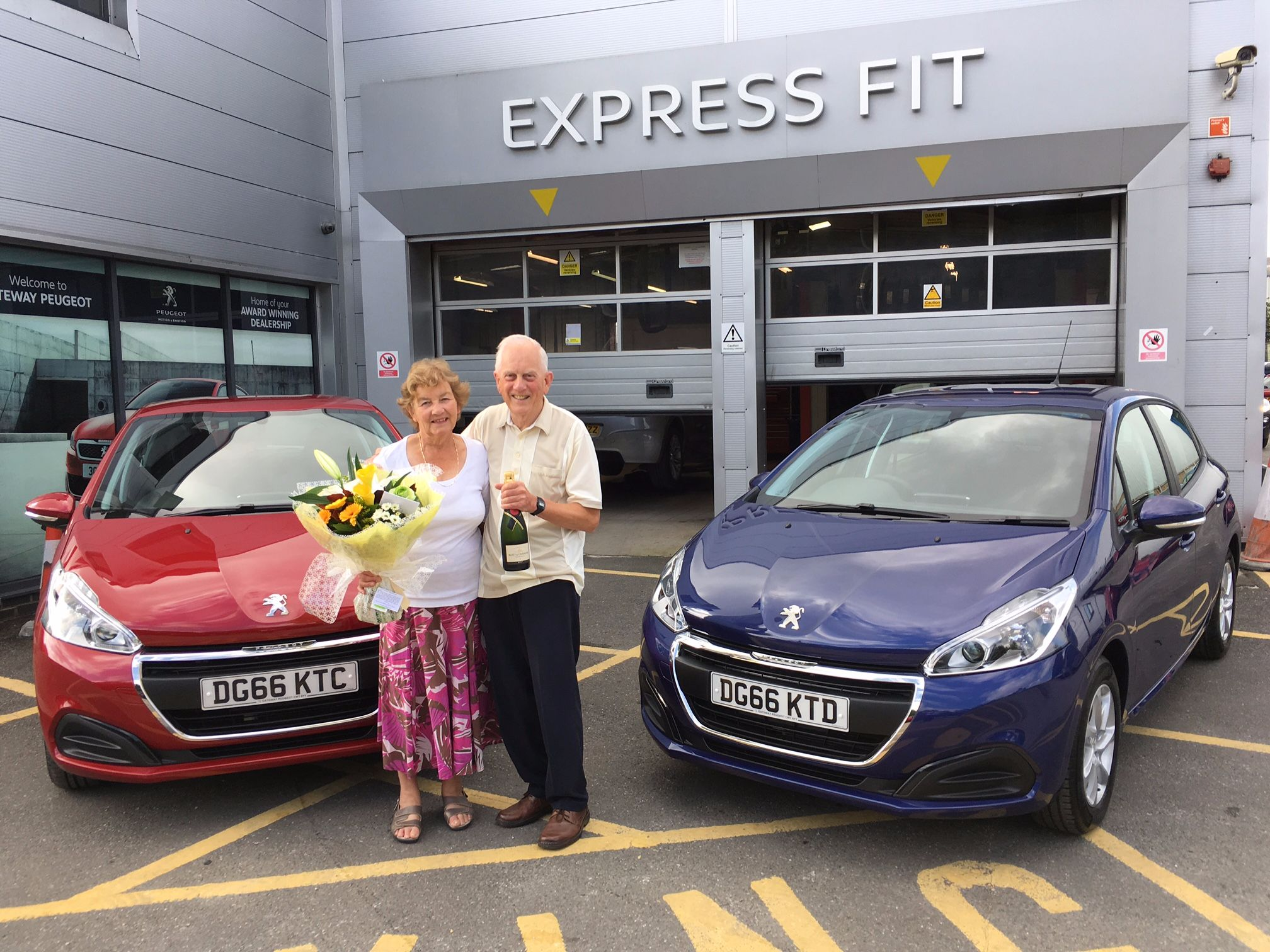 Golden wedding celebration at Gateway Peugeot Crewe!