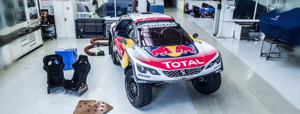 Peugeot 3008 DKR reveals its 2017 Dakar colours